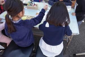 DSC04550今月はワークショップがたくさん!子供たちが楽しく参加していました♪